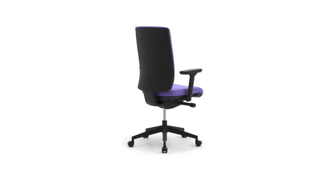 fauteuil de bureau avec soutien lombaire et appui t te. Black Bedroom Furniture Sets. Home Design Ideas